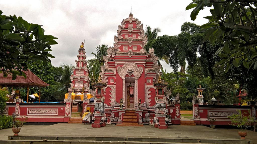 Padma Bhuvana Pura Sembilan Penjuru Nusantara Dimana Hindu Tamansari Kab