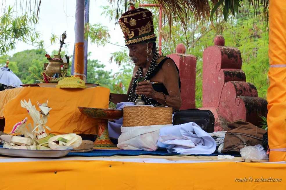 Piodalan Pura Cendana Kabupaten Sumba Timur Phdi Provinsi Ntt Oebananta