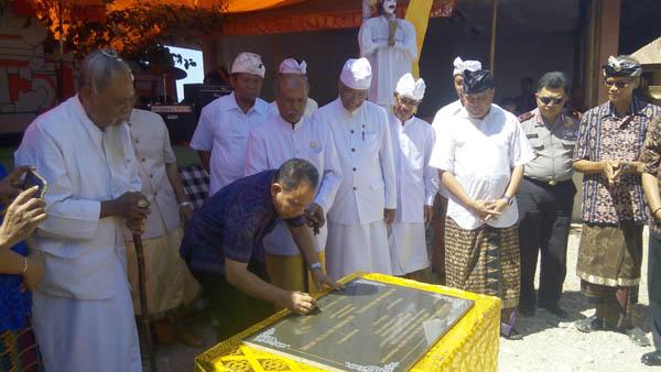 Umat Hindu Kupang Gelar Upacara Nganteg Linggih Lintas Ntt Pura