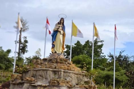 Damai Natal Bukit Taman Doa Yesus Maria Oebelo Bali News