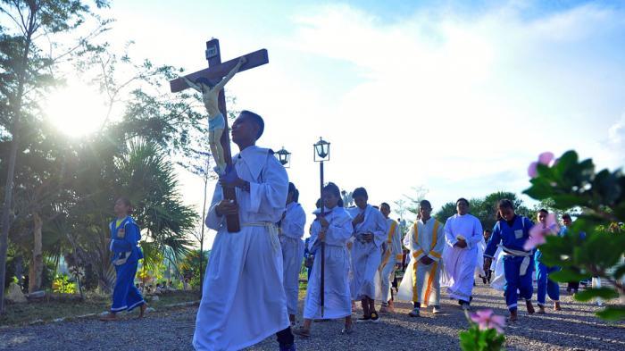 Salib Suci Omk Kak Tiba Paroki Sta Helena Lili Camplong