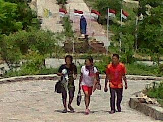 Tere L1b21 N1 Taman Doa Oebelo Kabupaten Kupang Bertugas Jangan