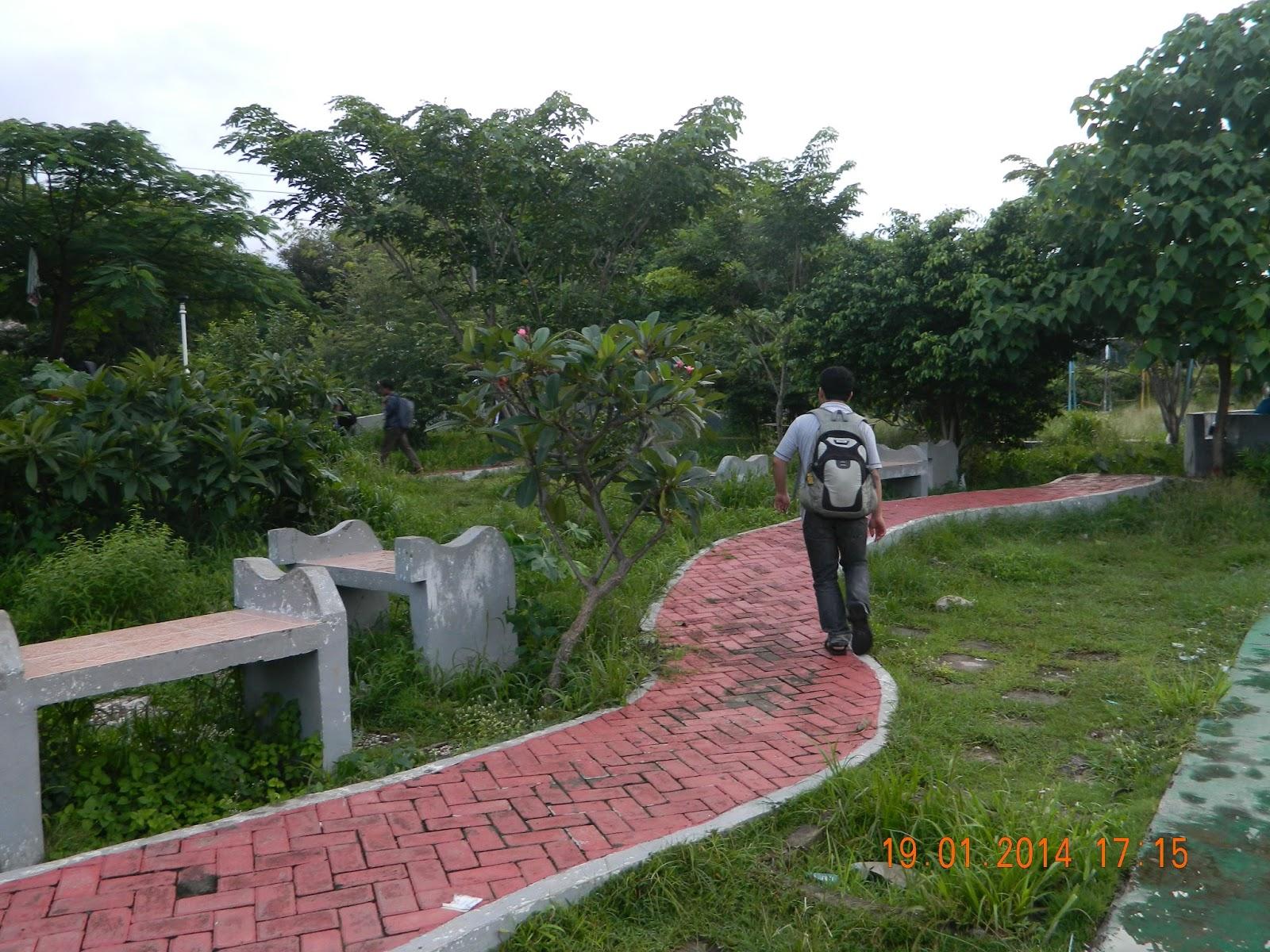 27 Maret 2016 Galuh Saina Van Bemmelen Taman Nostalgia Pratiwi