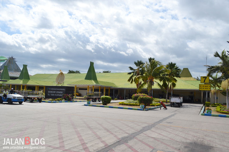 36 Jam Kupang Sekitarnya Jalanblog Bandara El Tari Taman Nostalgia