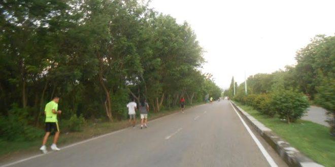 Lari Sore Jadi Trend Masyarakat Kota Kupang Voxntt Taman Nostalgia