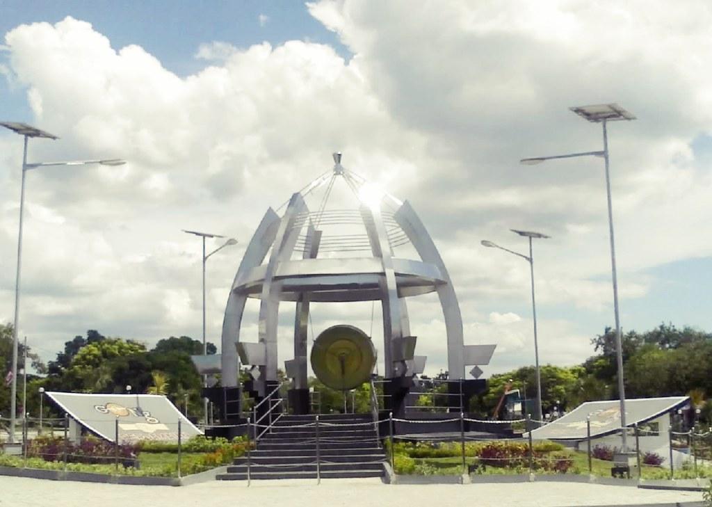 Perkuray Persaudaraan Kupang Raya Yogyakarta Gong Perdamaian Nusantara Taman Nostalgia