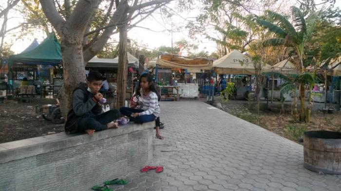 Salome Tamnos Jajanan Asal Kupang Enak Murah Diserbu Karyawan Warga