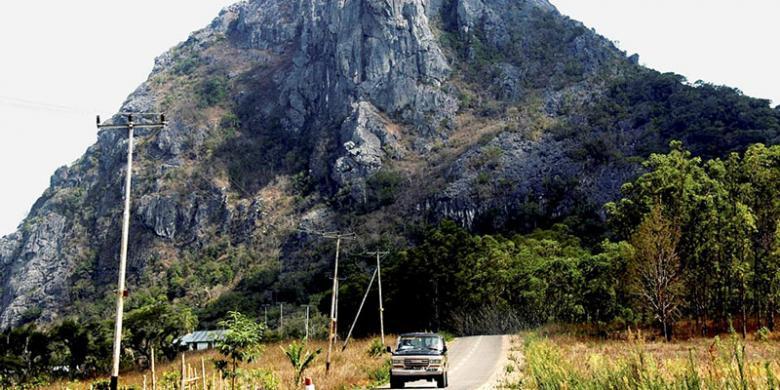 Gunung Fatuleu Obyek Wisata Penanda Petani Halaman 1 Kompas Taman