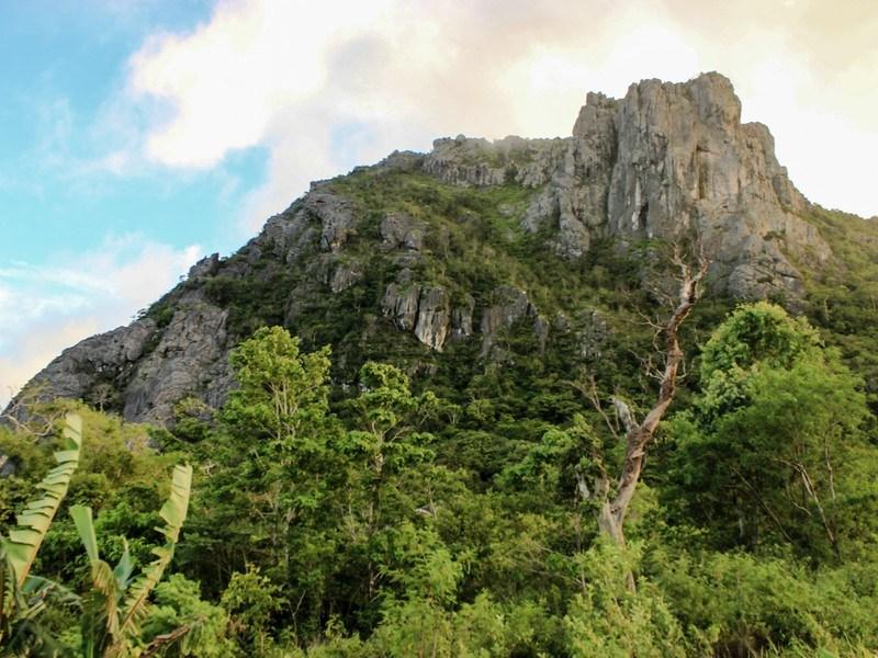 Pesona Wisata Gunung Fatuleu Jpg Taman Camplong Alam Kab Kupang