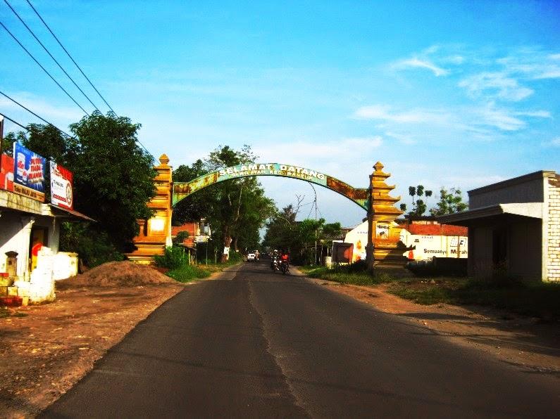 20 Tempat Wisata Lamongan Jawa Timur Wbl Gunungmas Tugu Mantup