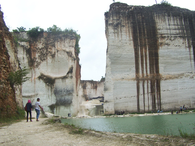 Info Kabupaten Lamongan Bukit Kapur Bluri Salah Satu Sekian Lokasi