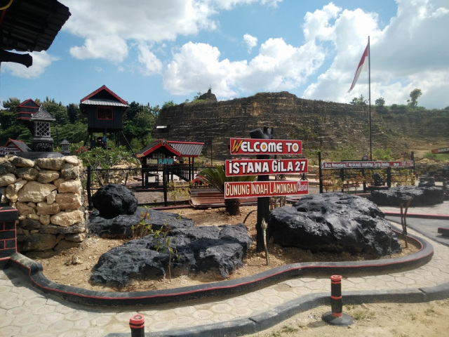 Istana Asal Asalan Gunung Mas Mantup Info Kabupaten Lamongan 2
