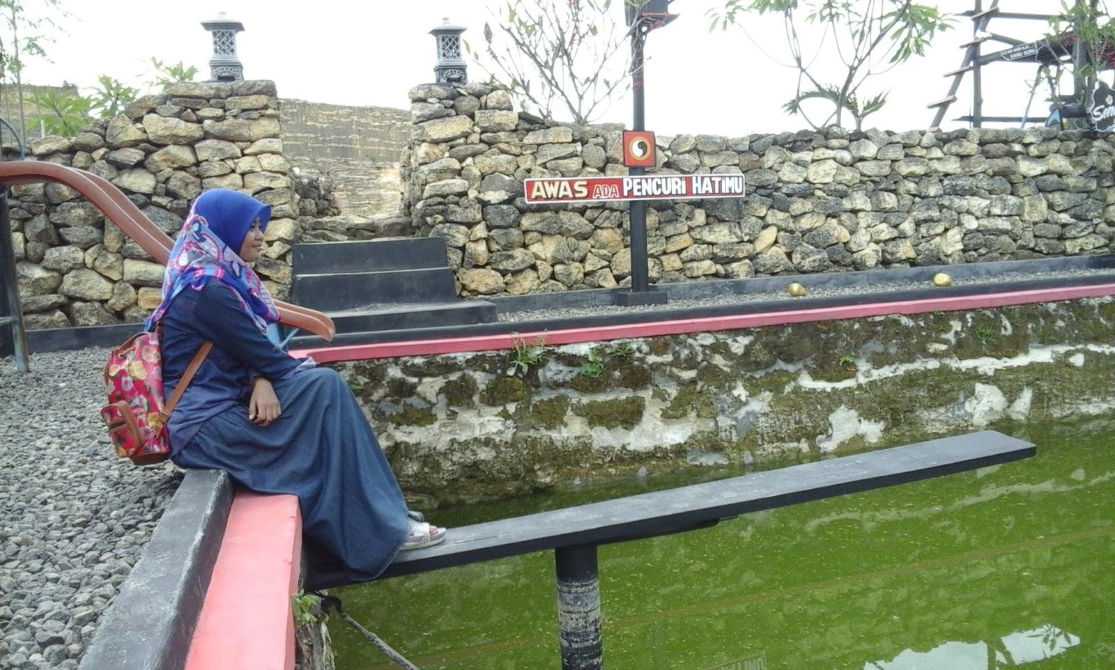 Pariwisata Tugu Mantup Lamongan Jawa Timur Gunung Emas 27 Dijamin