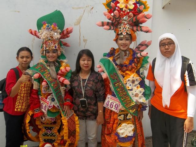 F3355 Gb39 Jpg Karnaval Hari Jadi Kab Kendal 2012 Jum