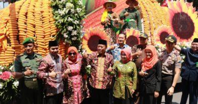 Lamomgan Gelar Pilkades 25 Serentak Surabayaonline 27 Opd Lamongan Karnaval