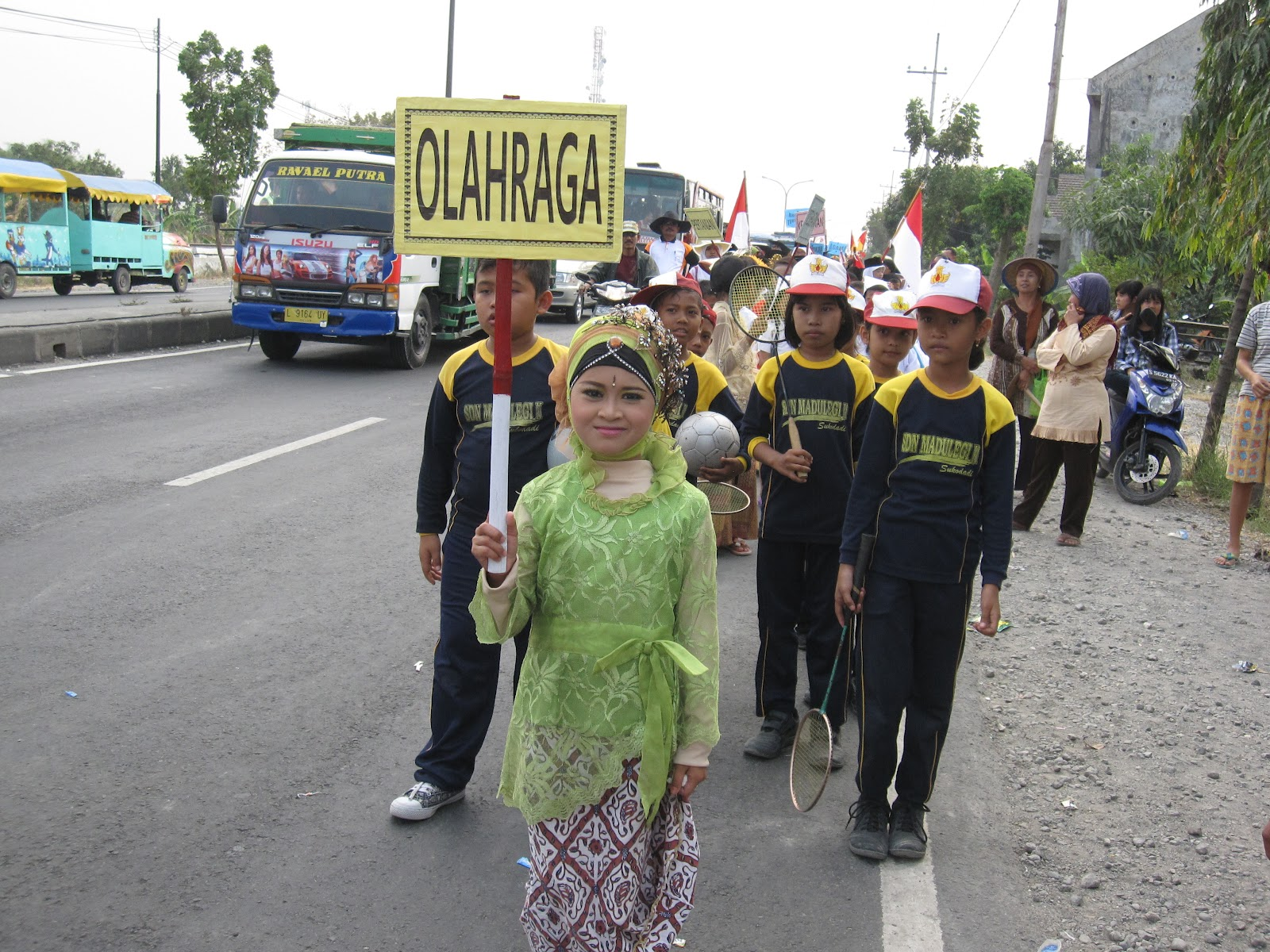 Sdn Madulegi Ii Karnaval Rangka Peringatan 17 Agustus 2012 Ikut