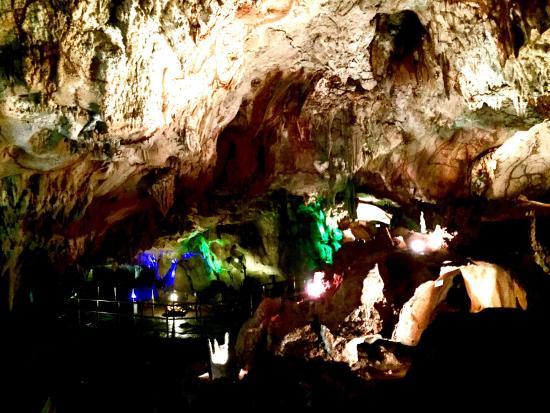Maharani Cave Foto Kebun Binatang Goa Lamongan Kab