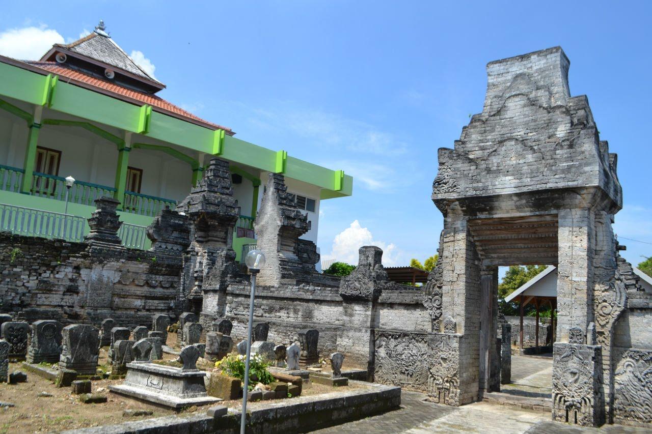 Destinasi Wisata Lamongan Berita Makam Sendang Duwur Dewi Serdadu Kab