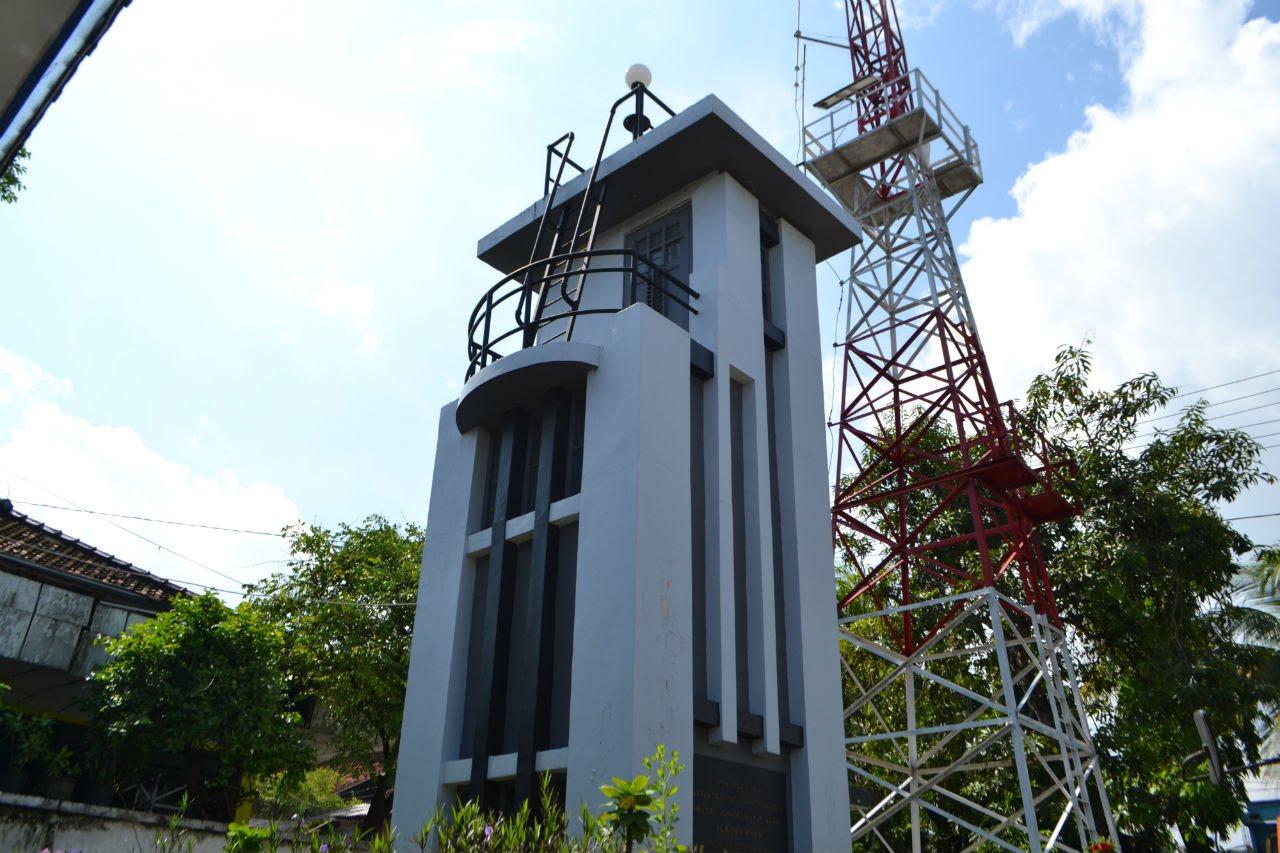 Destinasi Wisata Lamongan Berita Monumen Van Der Wijck Makam Dewi