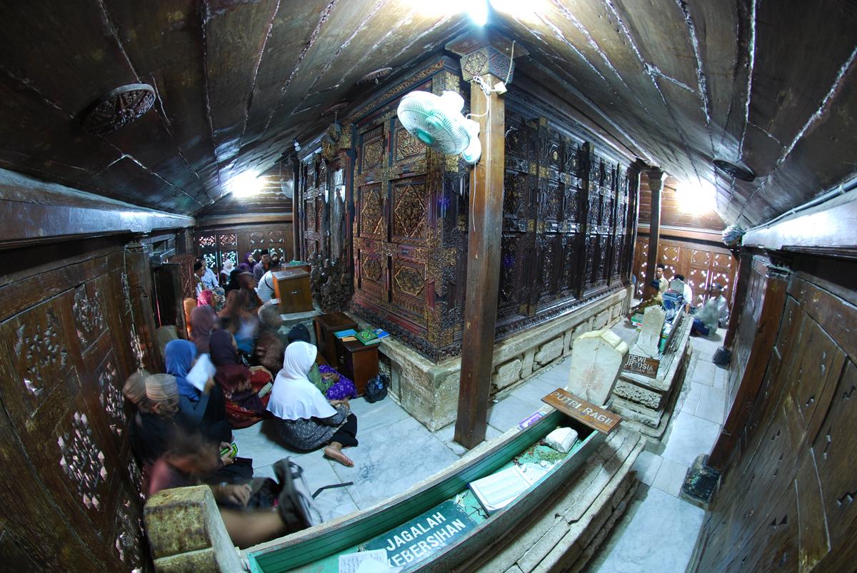 Menyusuri Jejak Walisongo Tanah Jawa Pulau Forum Jalan2 Makam Sunan
