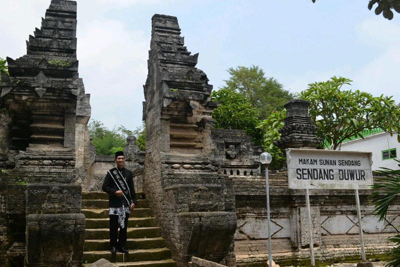 Satu Objek Wisata Lamongan Desa Sendang Duwur Makam Sunan Drajat