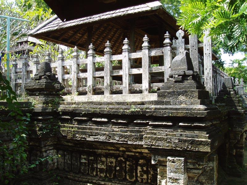 Wisata Religi Makam Sunan Drajat Lamongan Oleh Heri Agung Fitrianto