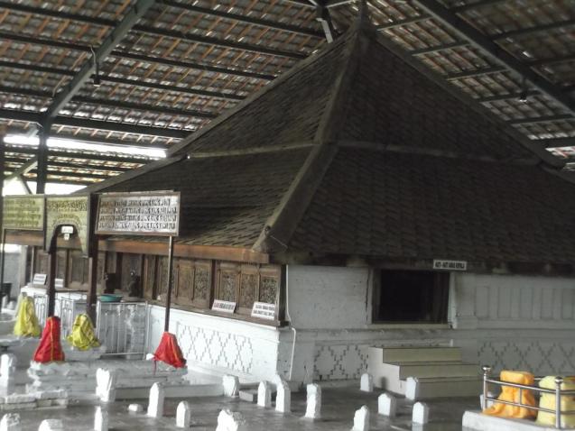 Wisata Religi Wali Songo Tour Travel Bromo Malang Agen Jasa