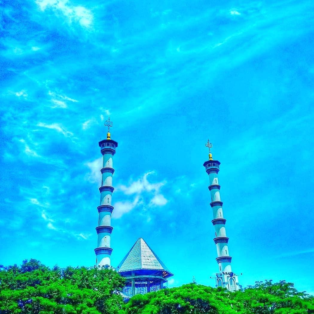 Instagram Photos Videos Tagged Lamonganfoodstreet Snap361 Kubah Masjid Agung Lamongan