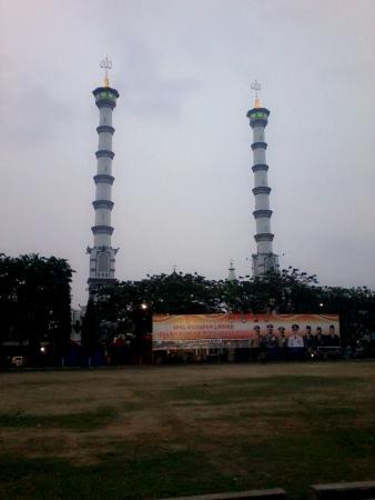 Masjid Agung Lamongan Indonesia Review Tripadvisor Tampilan Layar Penuh Kab