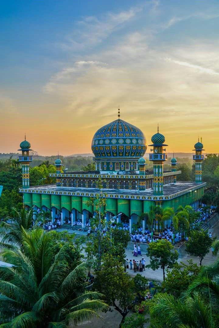 Masjid Pp Sunan Drajat Lamongan Worlds Beautiful Agung Kab