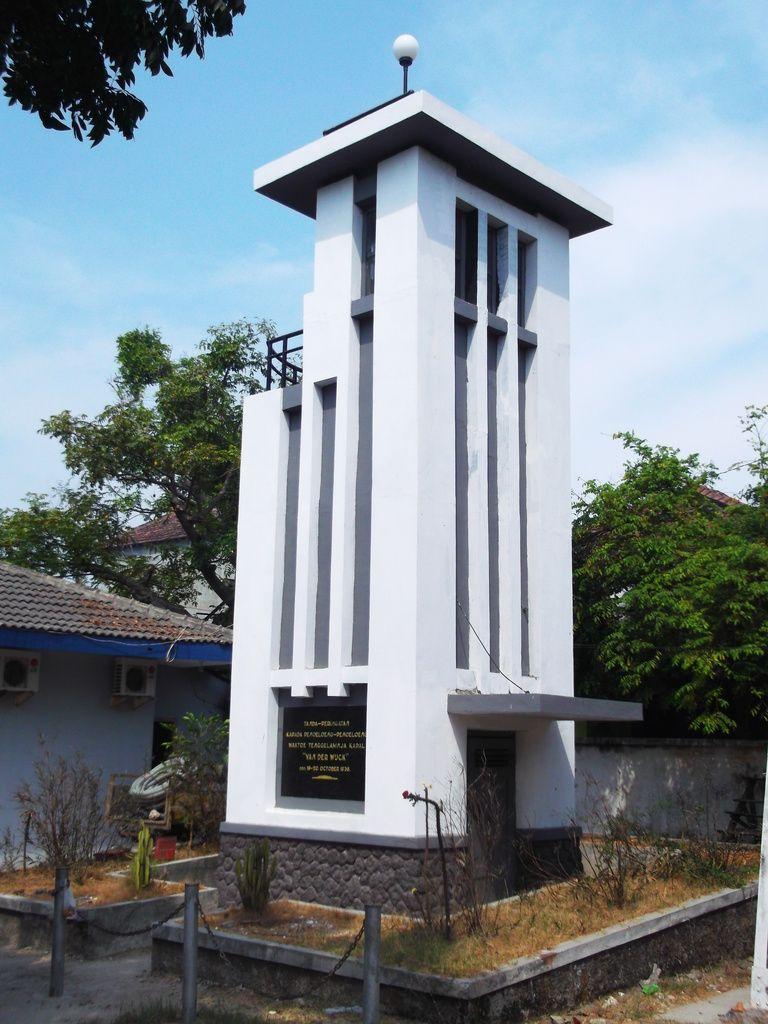 Monumen Van Der Wijck Steemkr Kab Lamongan