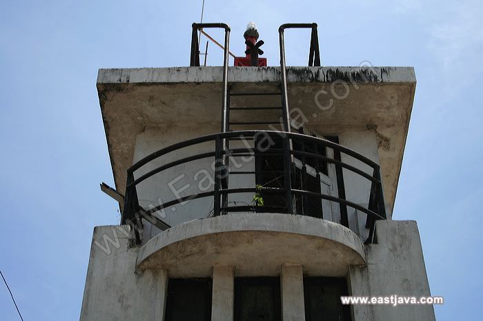 Van Der Wijk Monument Memorized Ship Sank Lamongan Wuck 03