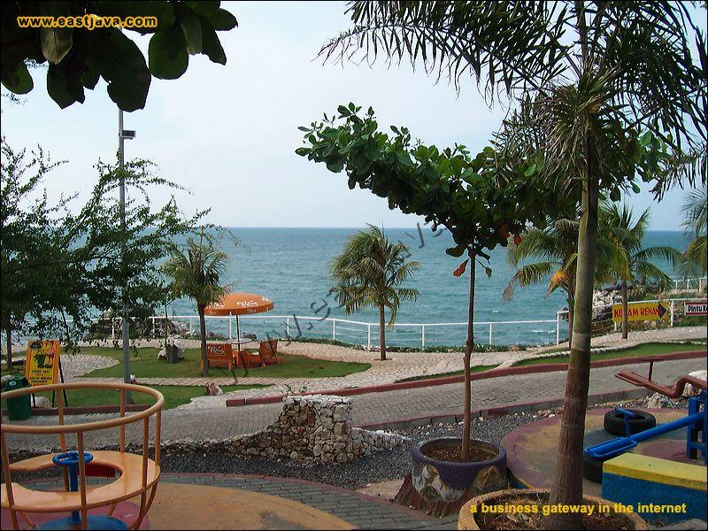 Wbl Marine Tourism Lamongan Regency Galleries Preview 026 Jpg Monumen