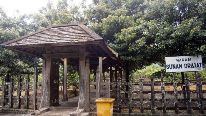 Situs Makam Sunan Drajat Direvitalisasi Tribunnews Museum Kab Lamongan