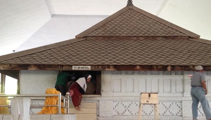 Wisata Religi Lamongan Makam Berusia Ratusan Sunan Drajat Museum Kab
