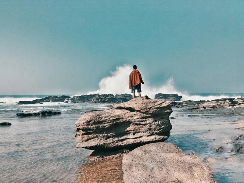 21 Tempat Wisata Banten Wajib Kamu Kunjungi Pantai Legon Pari