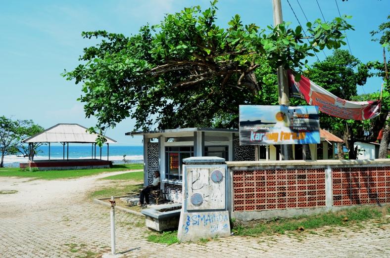 Pantai Karang Taraje Bayah Lebak Banten Proleevo 22 November 2012