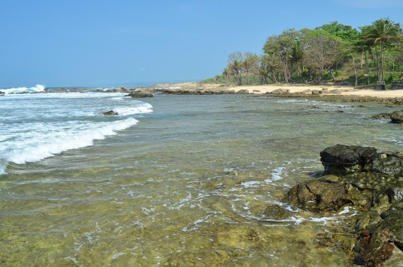 Pantai Karang Taraje Bayah Lebak Banten Proleevo Iklan Kab