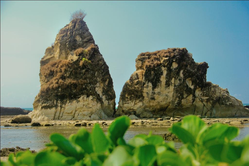 Pantai Sawarna Berpotensi Mendunia Karang Taraje Kab Lebak