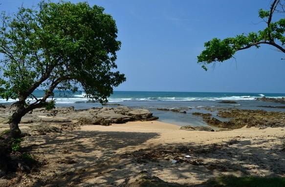 Destinasti Keindahan Wisata Pantai Karang Songsong Cihara Lebak Banten Karangsongsong