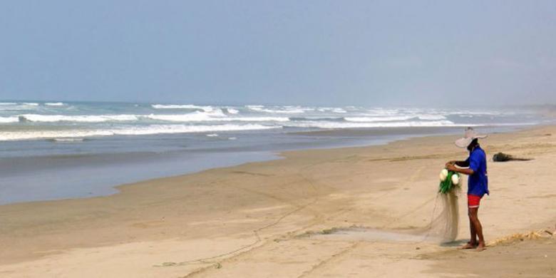 Banten Kembangkan Potensi Wisata Pantai Sawarna Bagedur Kompas Desa Sukamanah