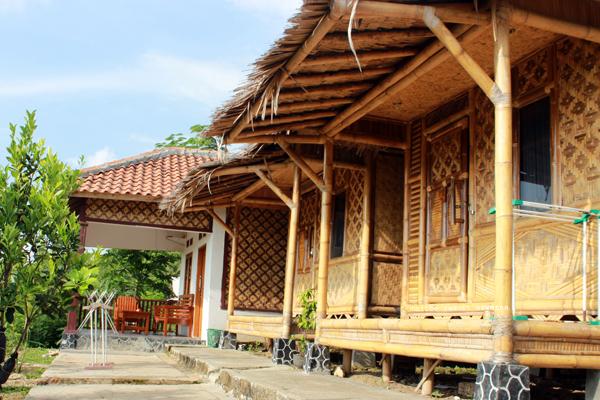 Harga Penginapan Sawarna Malibu Resort Travtou Pantai Kab Lebak