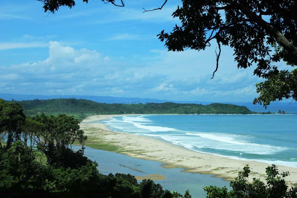 Pantai Sawarna Informasi Lengkap Rute Alamat Harga Tiket Masuk Paket