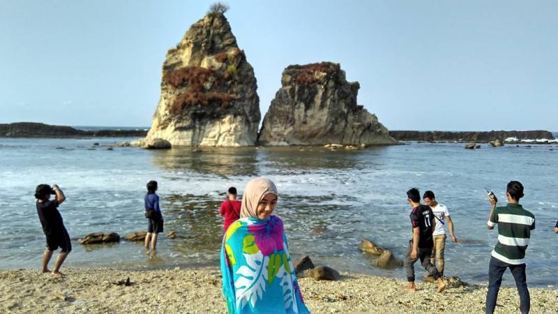 Wisata Tanjung Layar Sawarna Pantai Kab Lebak
