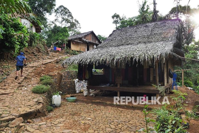 Potret Baduy Kampung Ciboleger Republika Online Picture Perkampungan Tradisional Kab