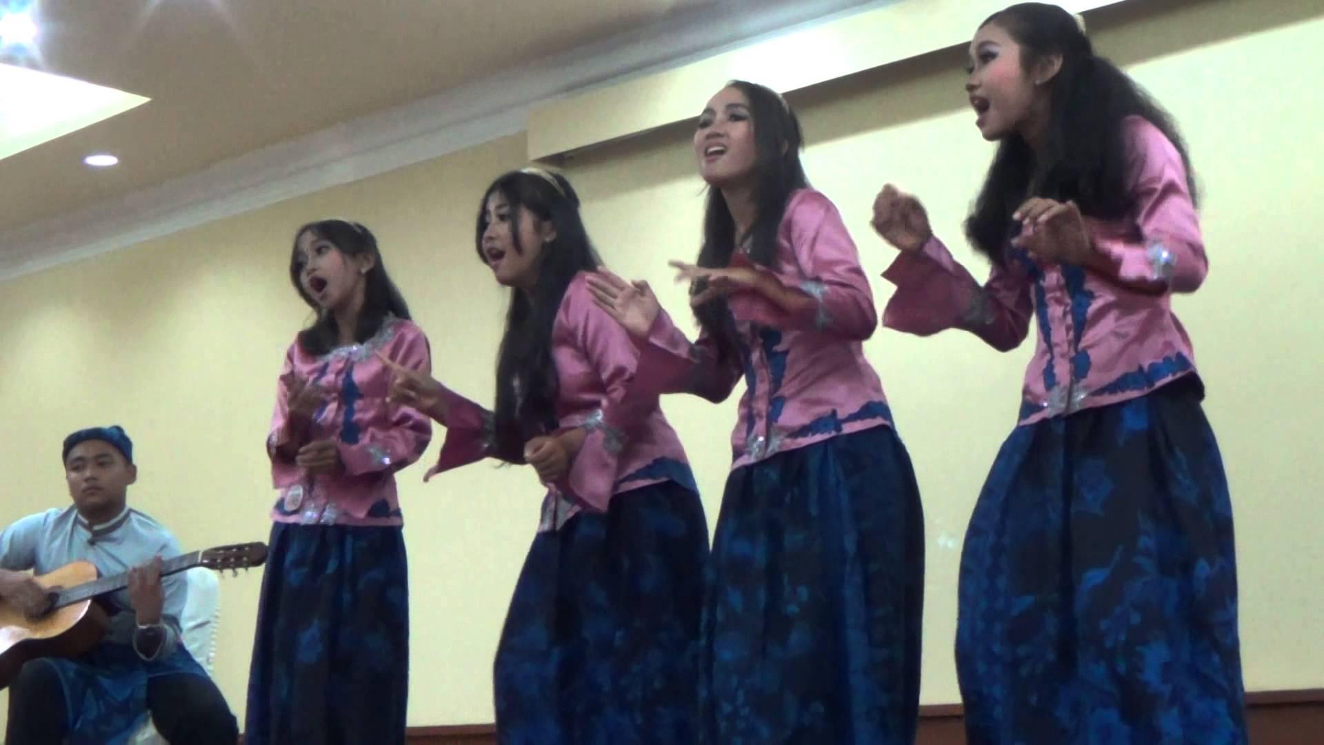 Suku Baduy Banten Folksong Smp Kab Lebak Youtube Perkampungan Tradisional