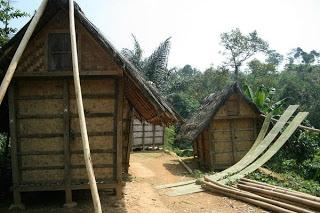 Ucha Disini Desa Penuh Harmoni Baduy Sebuah Kampung Adat Terletak