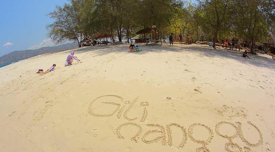Gili Nanggu Tidak Kalah Cantik Trawangan Lombok Click Awanadhi Menuturkan