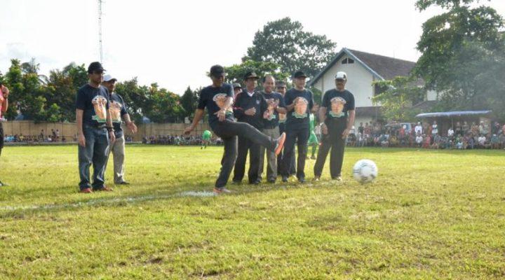 Kegiatan Bupati Laman 2 Kabupaten Lombok Barat Seleksi Pemain Berbakat