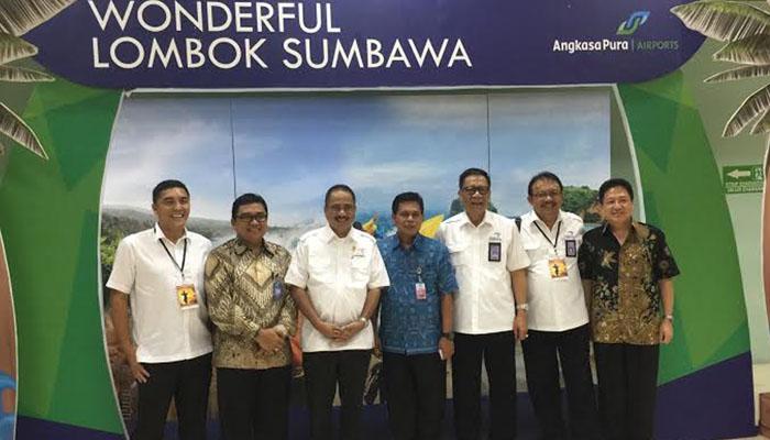 Menpar Lombok Jpg Pasar Sesaot Kampung Kreatif Sekawan Kab Barat